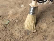 Archeologische vondsten Garenmarkt morgen te zien in Leiden
