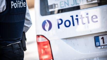 Politie rekent twee verdachten van inbraak in bij wegcontrole