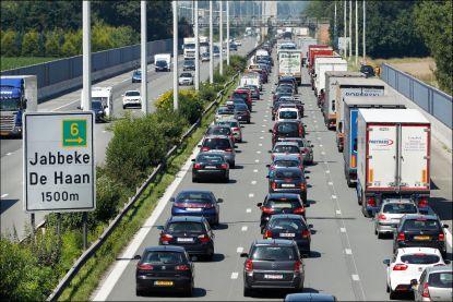 Vakantiegangers mogen vooral zaterdag druk verkeer verwachten