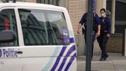 Amper pendelaars in treinstation in Kortrijk, slechts acht op tien draagt mondmasker: politie controleert, maar beboet nog niet
