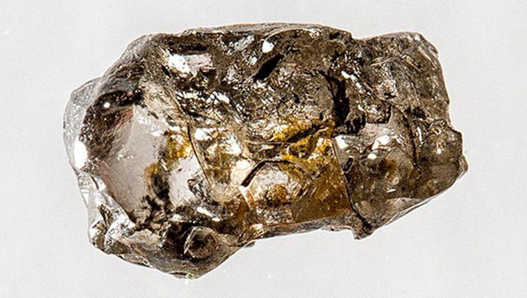 De ringwoodiethoudende diamant die Pearson louter per toeval wist te bemachtigen, was door mijnwerkers in de buurt van de Braziliaanse stad Juina gevonden in een rivier.