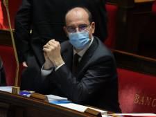 """Le masque sera obligatoire dans les lieux publics clos dès """"la semaine prochaine"""" en France"""