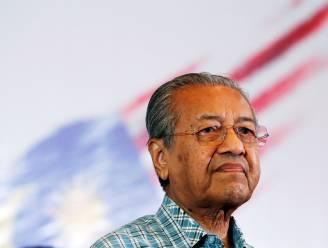 """Ex-premier Maleisië met 1,3 miljoen volgers op Twitter: """"Moslims hebben recht miljoenen Fransen te doden"""""""