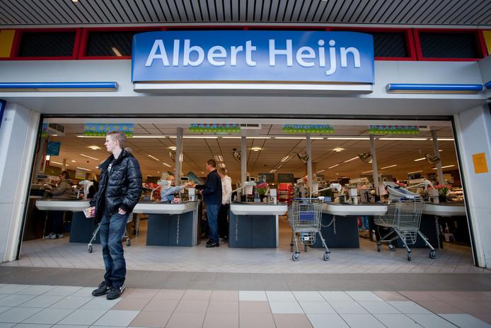 Albert Heijn blijft voor minimaal een jaar in De Ridderhof.