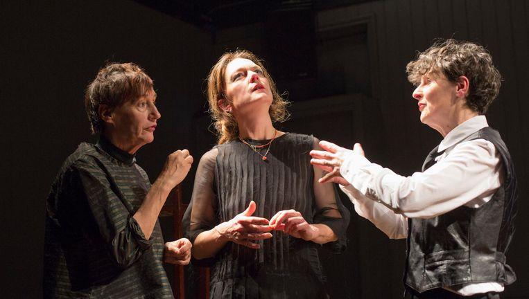 De drie actrices van Dumas/La Dame/De Sade. Beeld Bert Nienhuis
