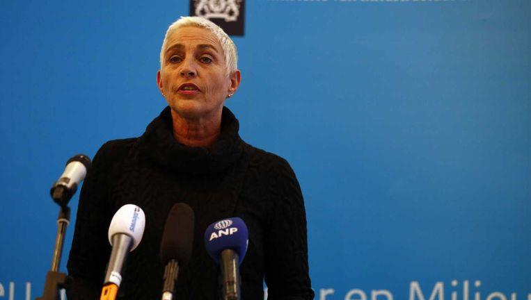 Staatssecretaris Wilma Mansveld van Infrastructuur en Milieu (IenM) kondigt haar aftreden aan. Beeld anp