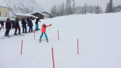 Hevige sneeuwval zorgt slechts voor beperkte hinder sneeuwklassen De Waterleest