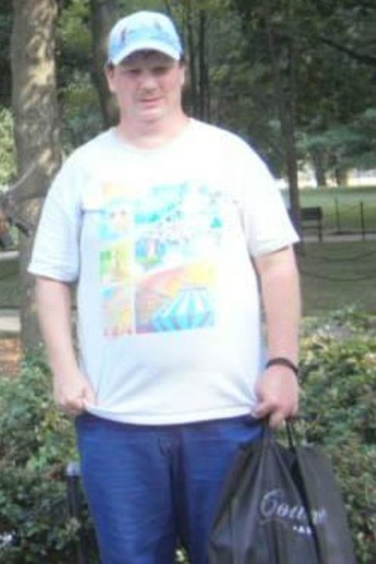 De vermiste Hania mogelijk bij deze Engelssprekende man. Beeld Politie