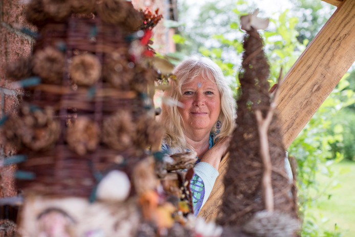 Roelien de Lang uit Vorden heeft in twee jaar tijd de sprookjestocht opgezet.