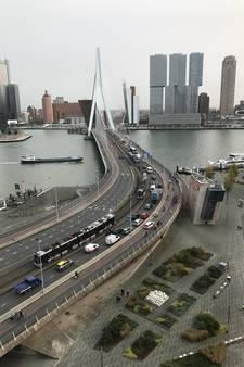 Verkeer kan weer over Erasmusbrug