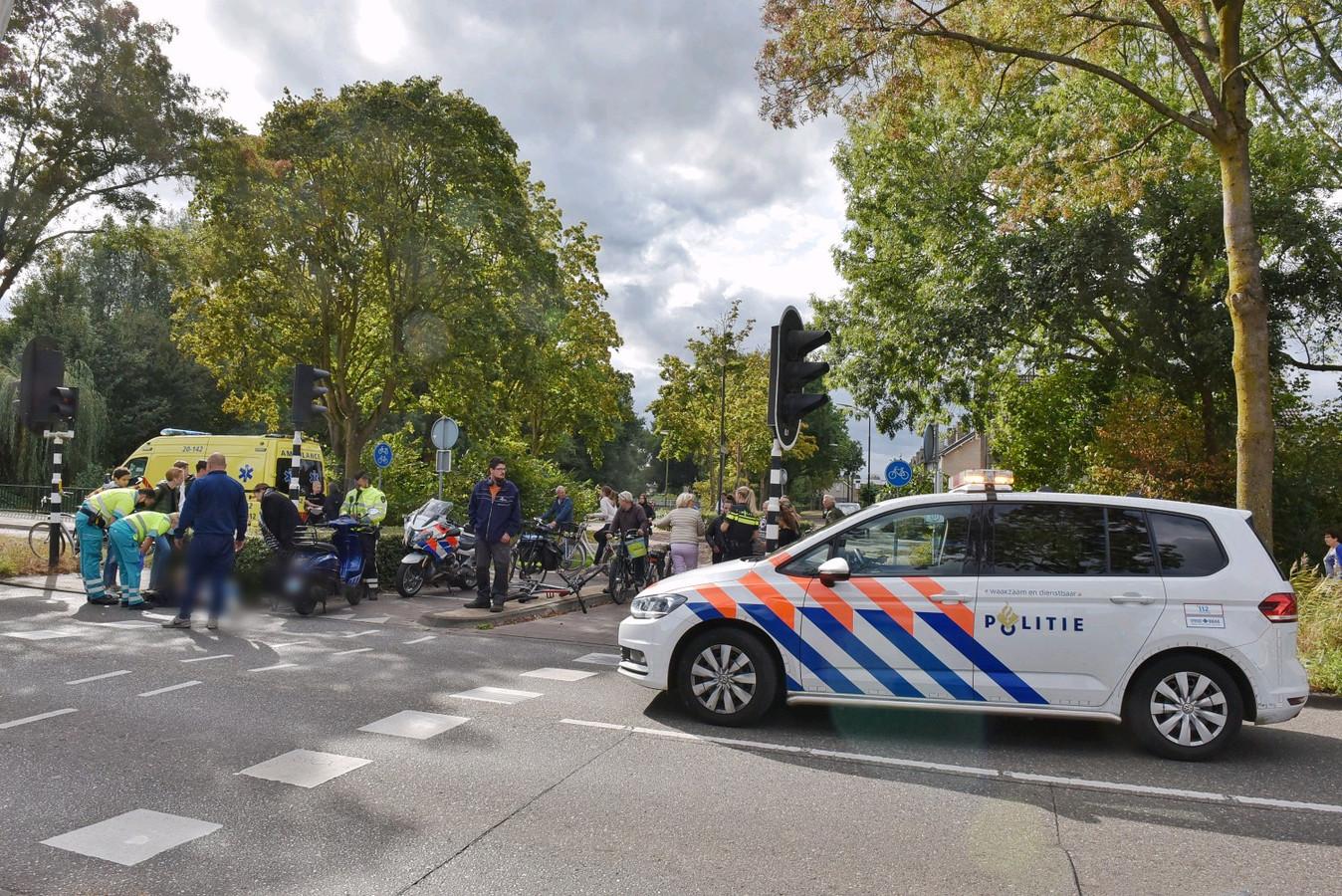 Ongeval tussen scooter en fietser Oisterwijk.