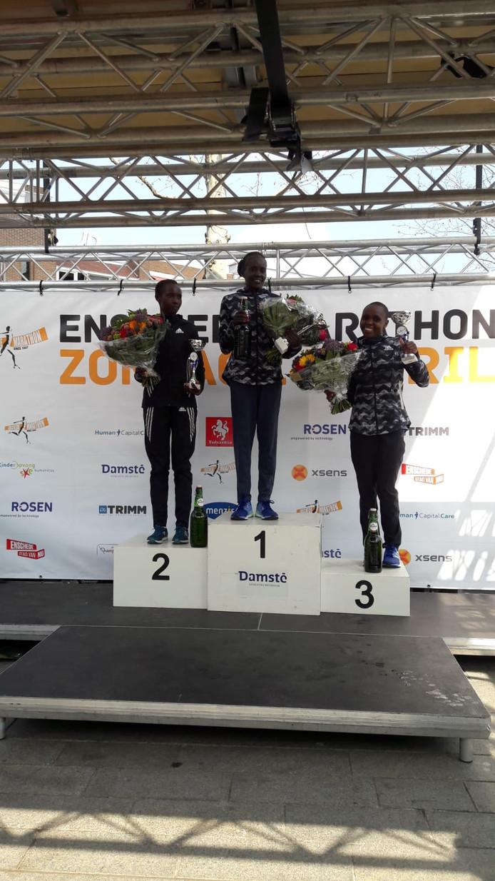 Chepkwony wint de Enschede Marathon bij de vrouwen