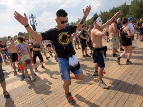 Festival Dominator stelt start kaartverkoop uit