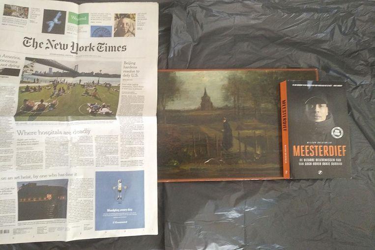 De foto van het gestolen schilderij die De Telegraaf toegespeeld kreeg.  Beeld AFP