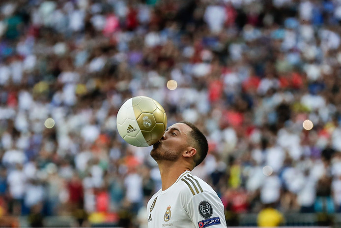 Eden Hazard a réalisé son rêve en devenant officiellement un joueur du Real Madrid au terme d'un jeudi soir inoubliable.