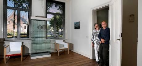 25 jaar Kunstkamer in Hoogeloon; 'Kunst hoeft niet altijd mooi te zijn'