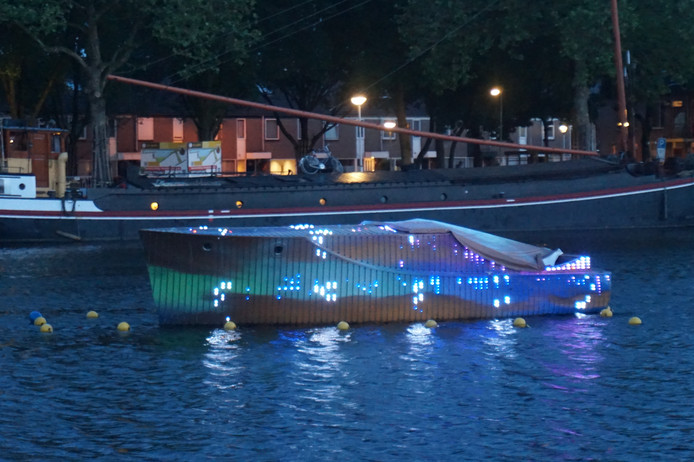 De Love Boat kon stralen, maar was ook vaak kapot.