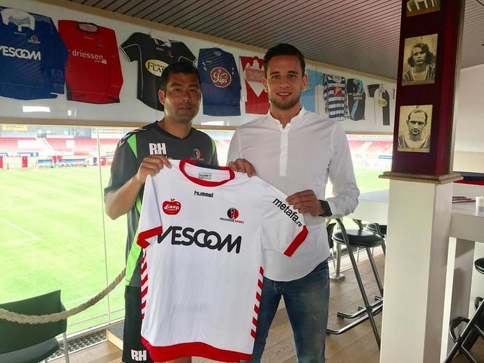 Dylan de Braal tekende woensdag een contract bij Helmond Sport.