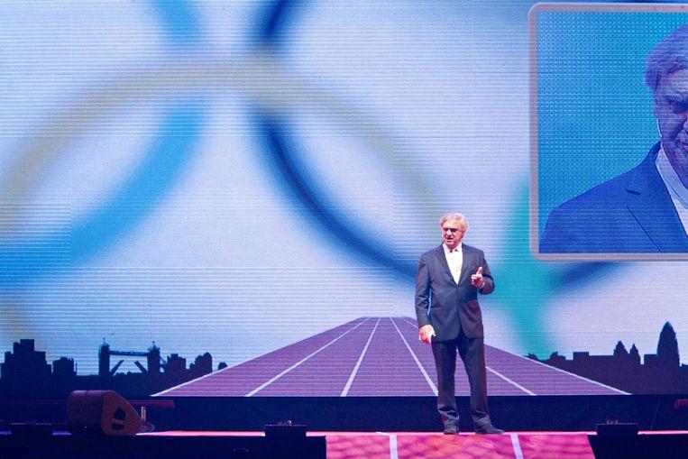 NOC-NSF-voorzitter André Bolhuis begin juli 2012 in Amsterdam, tijdens de teamoverdracht voor de Spelen van Londen. Beeld Hollandse Hoogte / Leo Vogelzang