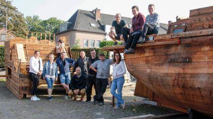 Piraten veroveren Zele met écht piratenschip