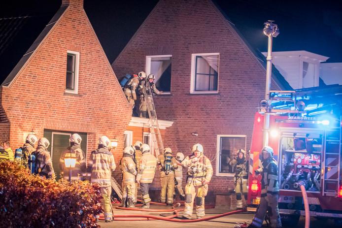 Het woonhuis liep schade op, maar de brandweer had het vuur deze keer snel onder controle