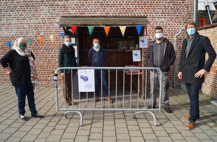 De geefkast op de site Vancoillie in Lichtervelde is terug open