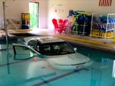 Amerikaanse (93) belandt met auto in zwembad op weg naar aquagym