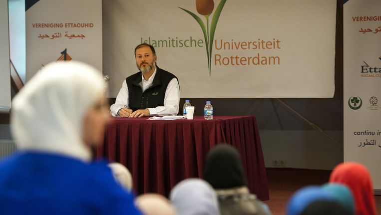 Een lezing op de Islamitische Universiteit Rotterdam. Beeld ANP