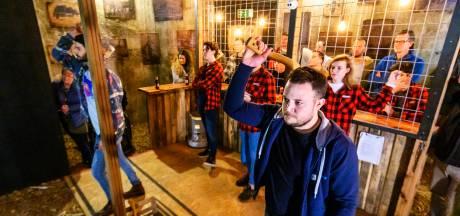 Paul Kleine kroont zich in Veghel tot allereerste Nederlands kampioen bijlgooien