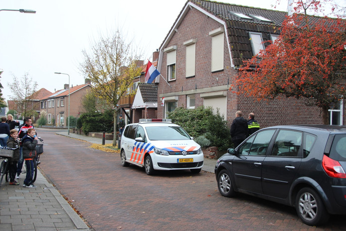 Aan de Steendalerstraat werd een inbouw zijnde wietkwekerij ontdekt.