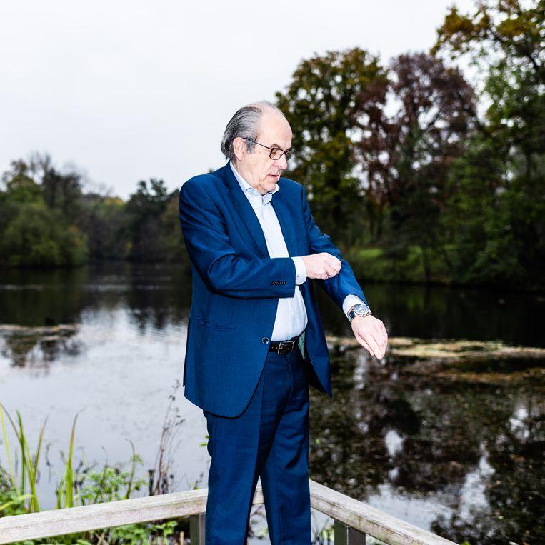 Ad Melkert: 'Iedereen kan zien dat ziekenhuizen in Nederland maar net hun hoofd boven water kunnen houden.' Beeld null