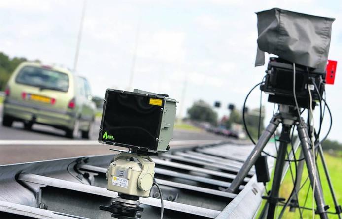 Een automobilist uit Enschede reed 72 kilometer te hard op een 80 kilometer weg in Wierden.