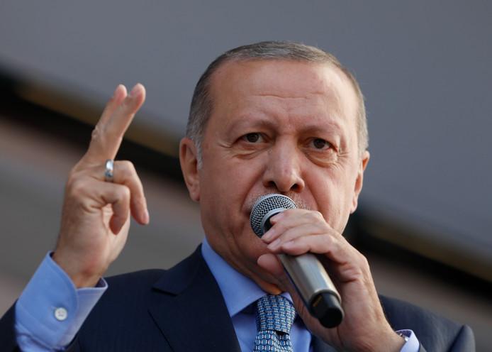 Recep Tayyip Erdogan: 'anti-moslimracisme verspreidt zich als een kanker'.