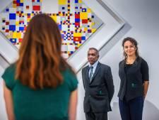 Een dagje bewaker in het Gemeentemuseum: 'De kunst is om jezelf bijna onzichtbaar te maken'