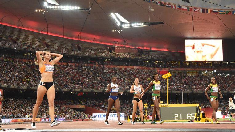 Dafne Schippers, kort na haar gouden 200 meter tijdens de WK atletiek in Peking. Beeld null