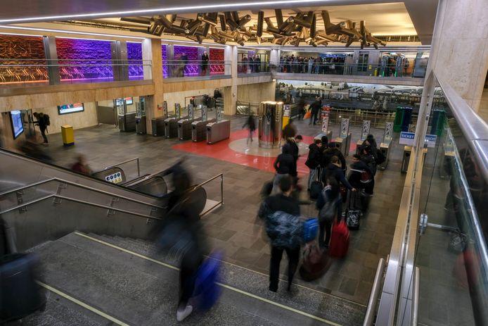 MIVB rijdt opnieuw gratis van oud naar nieuw | Brussel | hln.be