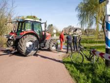 Tractorbestuurder na ongeluk: Iedereen moet opletten, fietsers én bestuurders