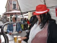 Krijgt Oeteldonk de wegwerpbeker-berg klein zoals in  Leiden?