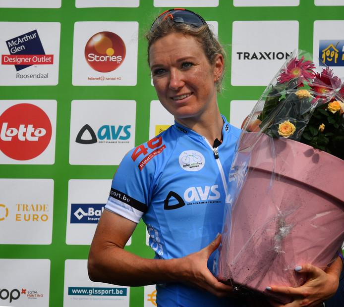 Amy Pieters met de hoofdprijs in Roosendaal.