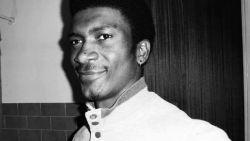 """Parket wil acht agenten niet vervolgen voor dood Lamine (27), maar advocaat van familie slachtoffer gaat voor proces: """"Het doet denken aan wat nu in Amerika met George Floyd is gebeurd"""""""
