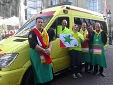 Wensambulance Brabant ontvangt ruim 2.500 euro van cv de Krukskes