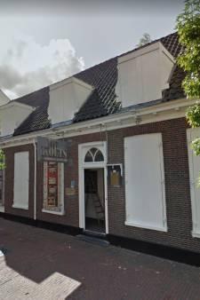 Café De Koets in Zeist gesloten na overtreden voorschriften, eigenaar: 'Kan geen anderhalve meter garanderen'