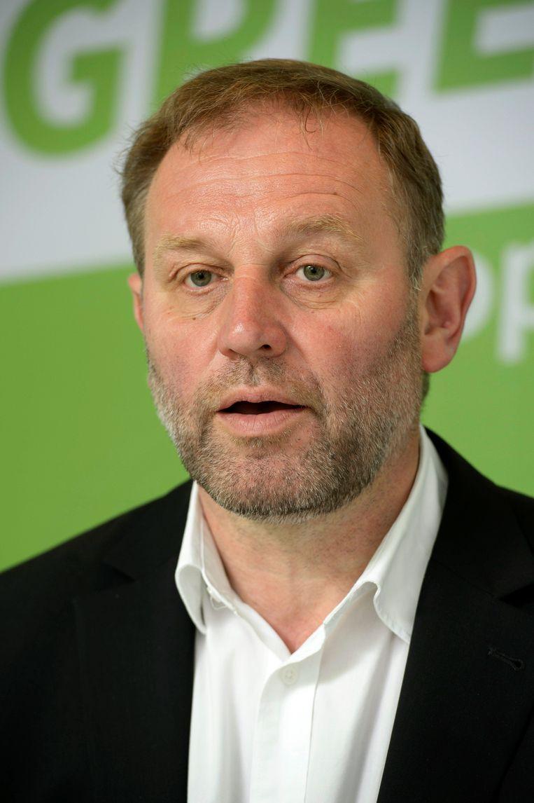 Europarlementslid Bart Staes (Groen) is niet te spreken over de uitspraken van Weyts.