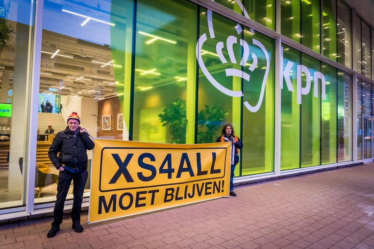 De nieuwe topman van telecombedrijf KPN gaat binnenkort om tafel met de ondernemingsraad van internetprovider XS4ALL. Het personeel verzet zich fel tegen het plan om het merk op te heffen en bij KPN te voegen. Beeld ANP