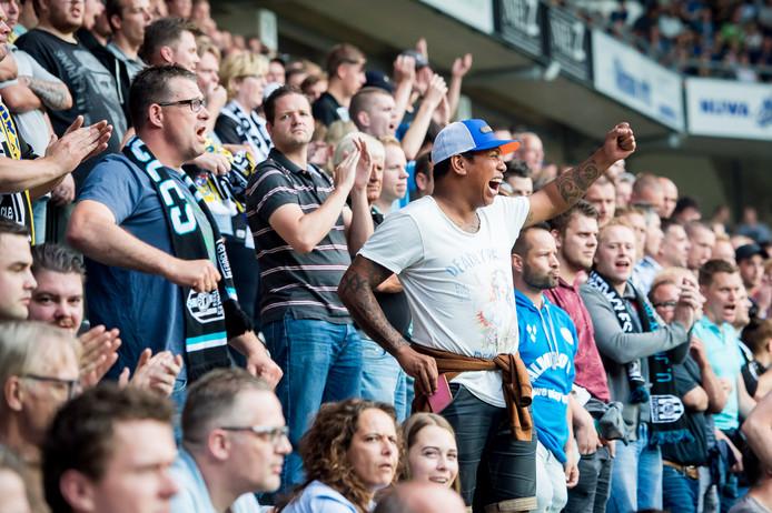 De supporters van Heracles kunnen zondag met de eigen auto naar Heerenveen.