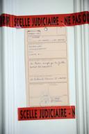 De verzegelde deur van de woning van Dupont de Ligonnès in de Franse stad Nantes.