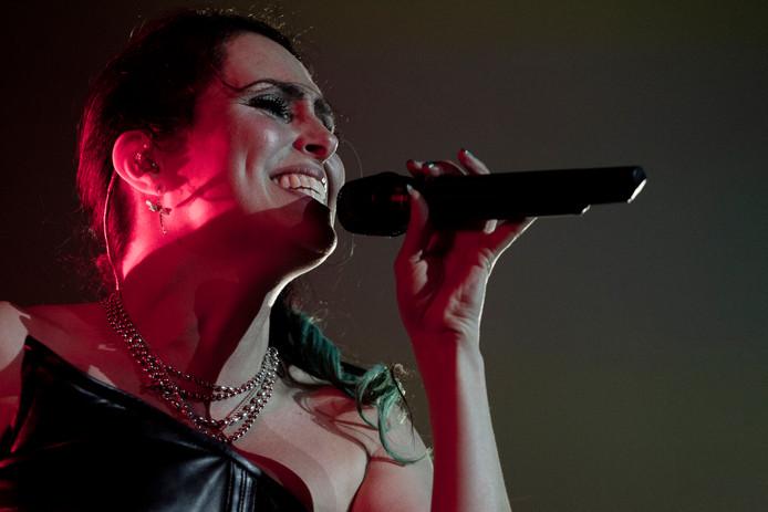 Voor het eerste in de geschiedenis van de Nederlandse band staat Within Temptation op nummer 1 in de Duitse hitlijst.