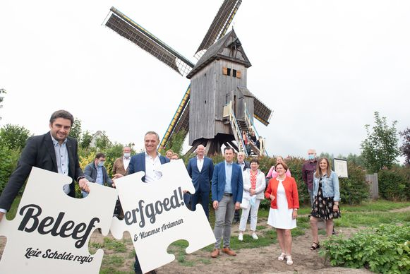 De samenwerking is voorgesteld aan de windmolen Meulken 't Dal in Zingem. Thomas Van Ongeval (Leie Schelde) en Joris Vandenhoucke (Vlaamse Ardennen) deden er de puzzelstukken van beide regio's symbolisch in elkaar passen.