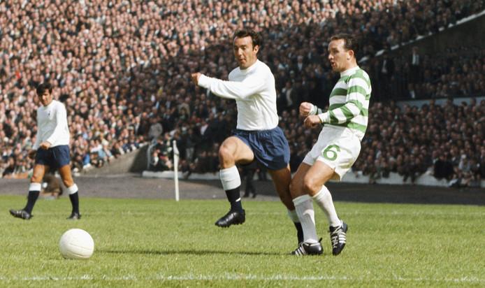 Jimmy Greaves namens Spurs in 1967 in Glasgow tegen Celtic.