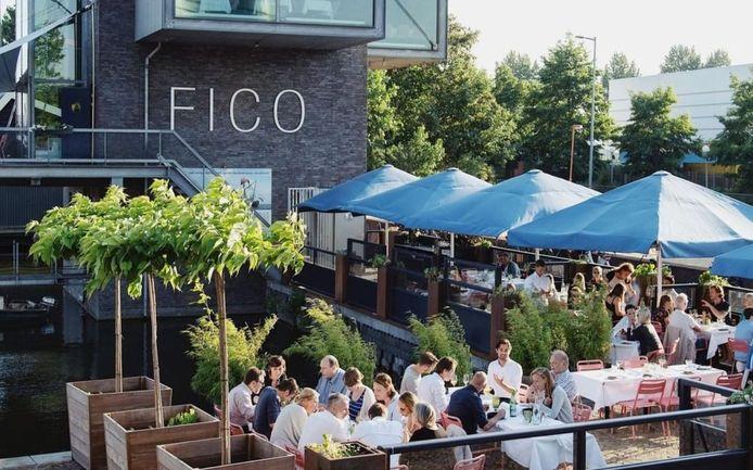 Restaurant Fico aan de Veilinghaven.